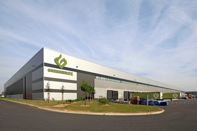 GreenBroz state-of-the-art, 50,000-square-foot production facility and showroom provides customers with a unique, immersive experience.